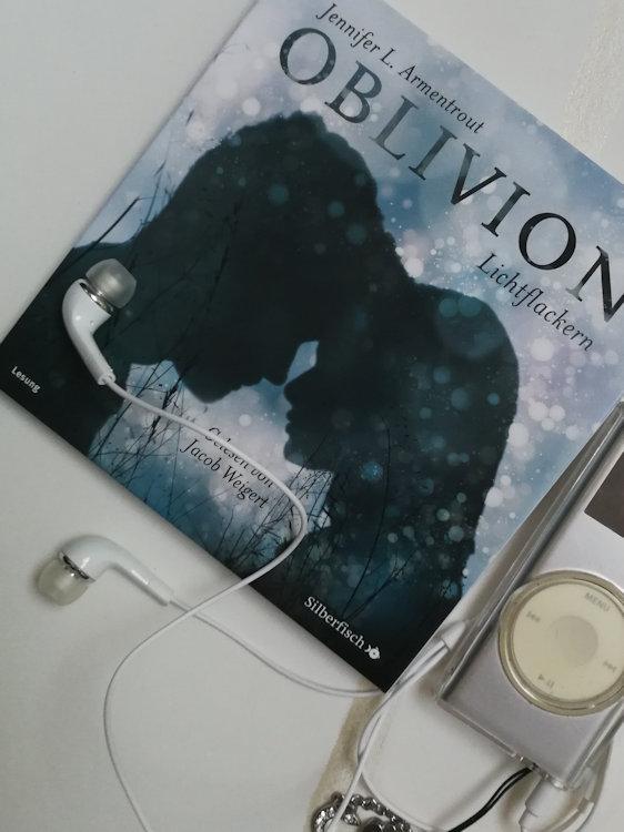 """""""Oblivion 3. Lichtflackern"""" von Jennifer L. Armentrout"""