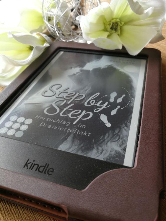 """""""Step by Step. Herzschlag im Dreivierteltakt"""" von Verena Bachmann"""