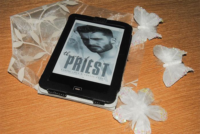"""""""The Sins of a Priest: Eine letzte Sünde"""" von Cassie Love und Amelia Gates"""