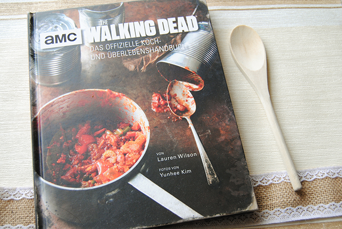 """""""The Walking Dead: Koch- und Überlebenshandbuch"""" von Lauren Wilson"""